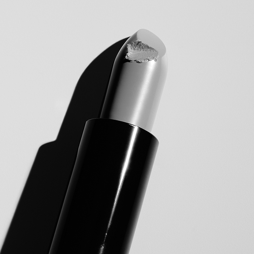 contemporary art london bw lipstick photography 1